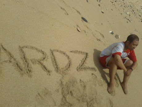 Ardz In The Beach